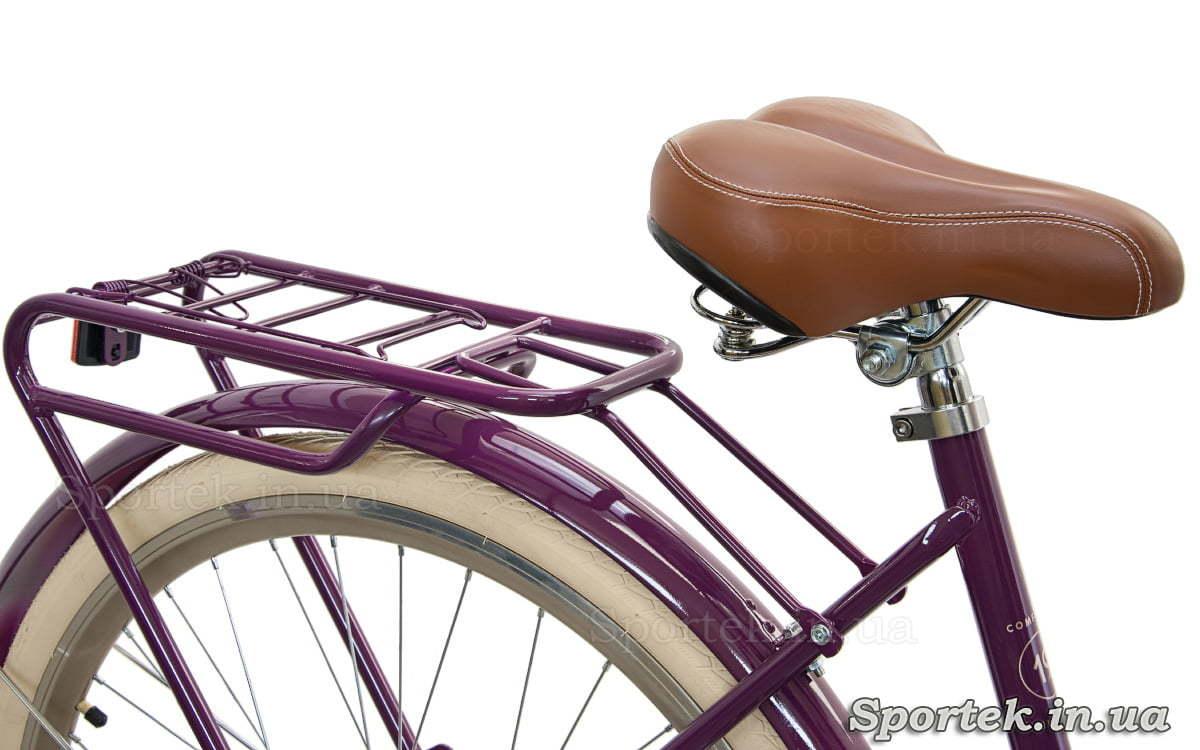 Сідло і вид спереду міського жіночого велосипеда Dorozhnik Comfort Female 2018