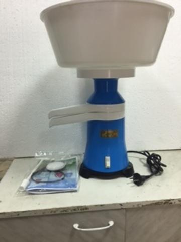 Сепаратор молочный « Сич -100 -19