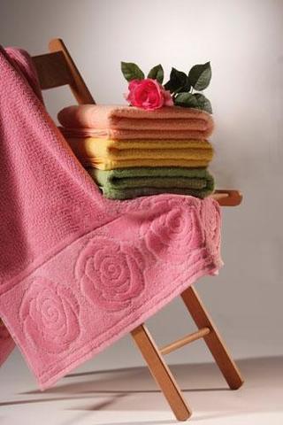 Нежное махровое полотенце банное РОЗЫ Buddemeyer 70х140