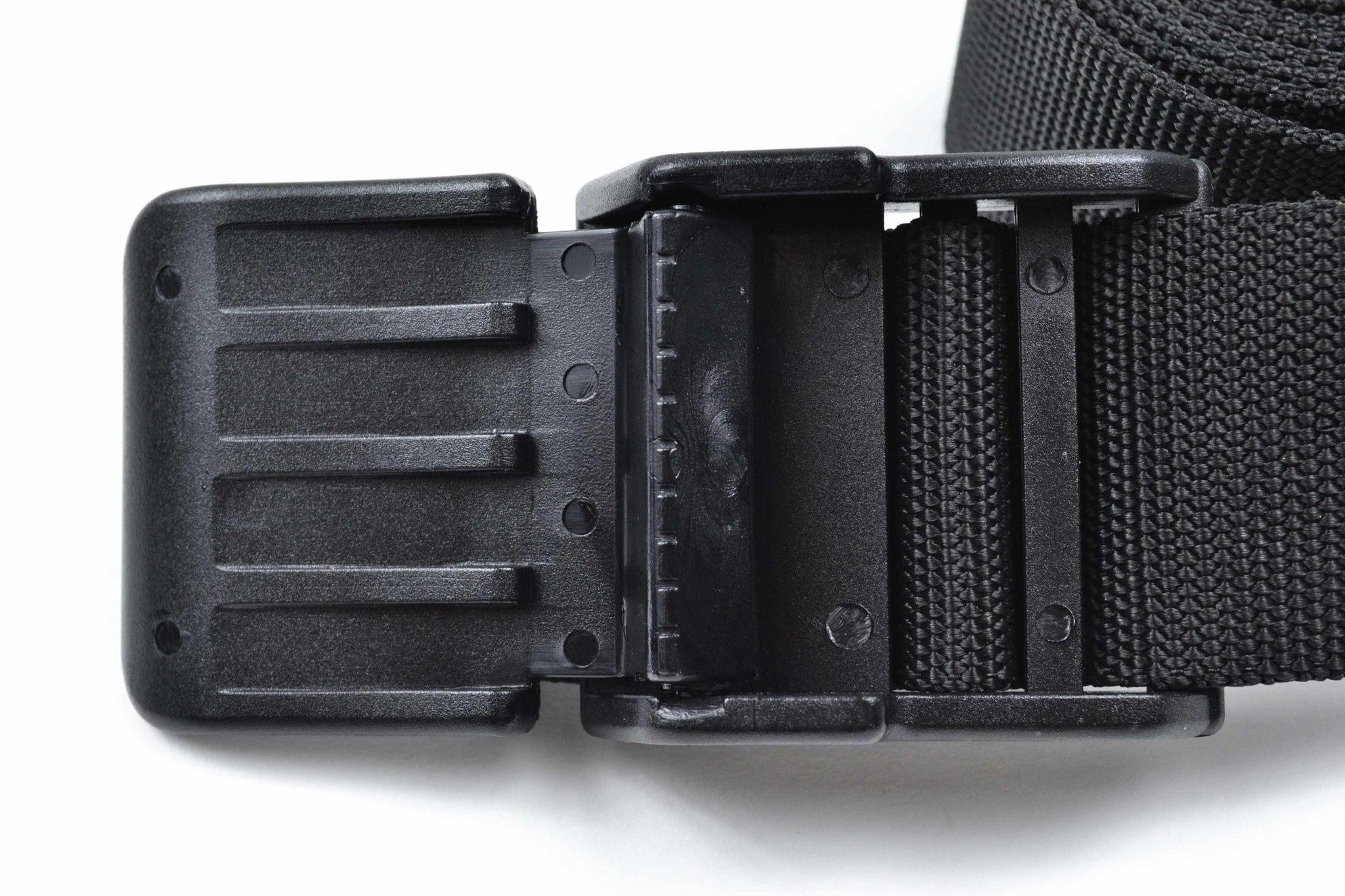 Пояс IST из кордуры с пластиковой пряжкой