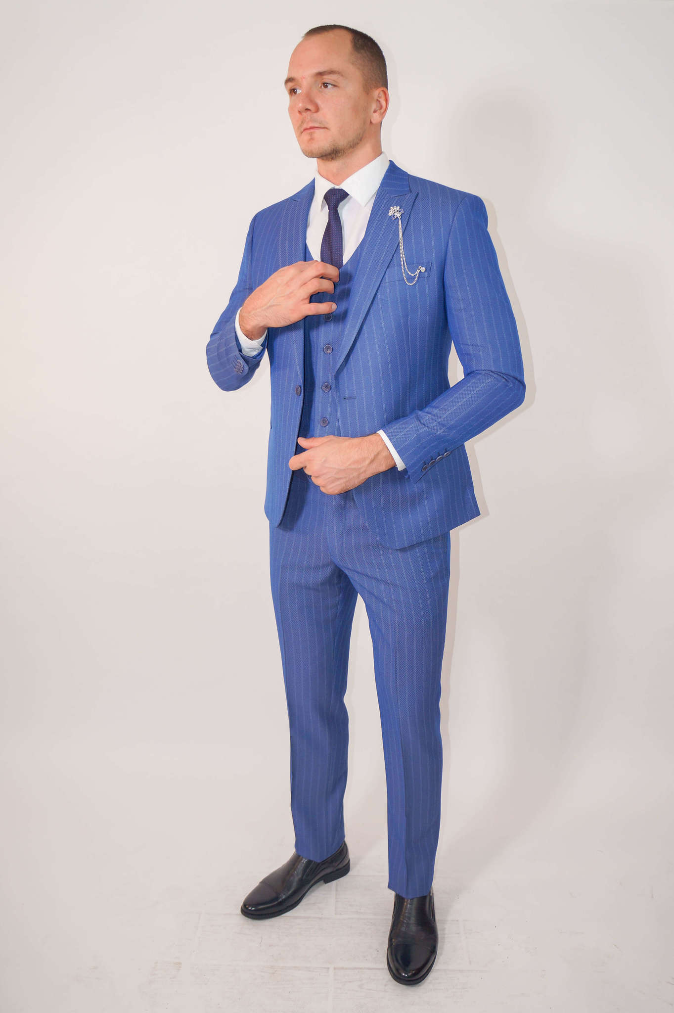 Костюмы Slim fit CESARE MARIANO / Костюм - тройка slim fit DSC02372.jpg