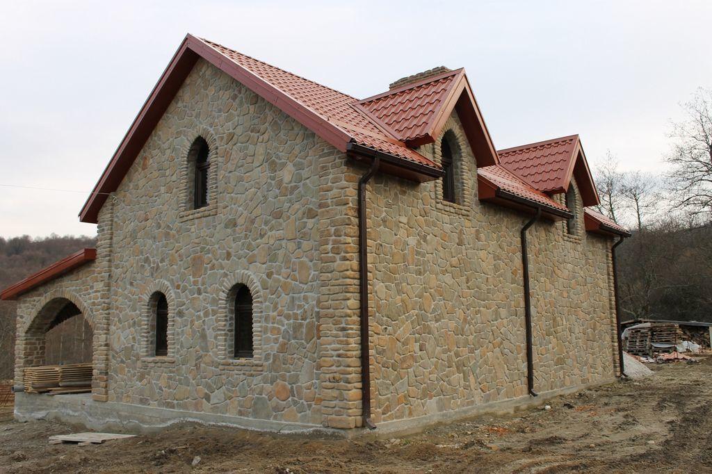 Облицовка фасада Песчаник плоский Адыгейский