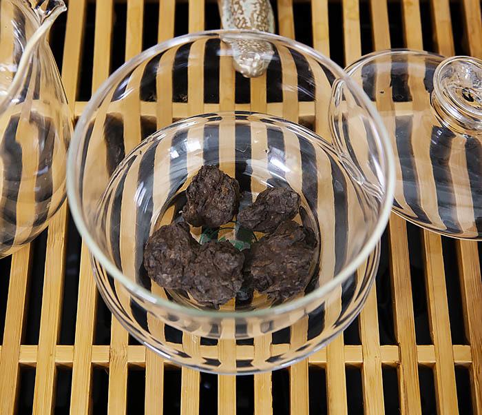 TEA-CH118 Китайский чай шу пуэр «Старые Чайные Головы» (Лао Ча Тоу, крупная фракция, 50 гр) фото 05