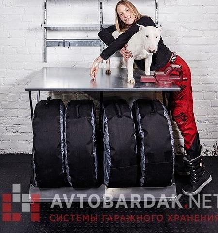 ПВХ-пол для гаража 2300 х 1650 мм (пандус с 3-х сторон). Набор из черных плиток.
