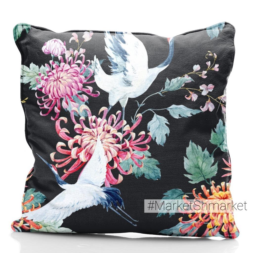 Белый журавль и хризантемы (темный фон)