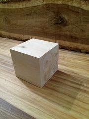 Куб деревянный, покрыт лаком, размер 200х200х200мм