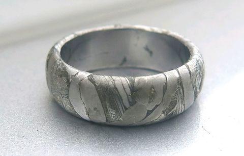 Кольцо на заказ из метеорита Сеймчан или Муонионалуста