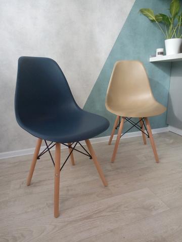 Интерьерный дизайнерский кухонный стул Eames DSW Style Wood, темно-синий