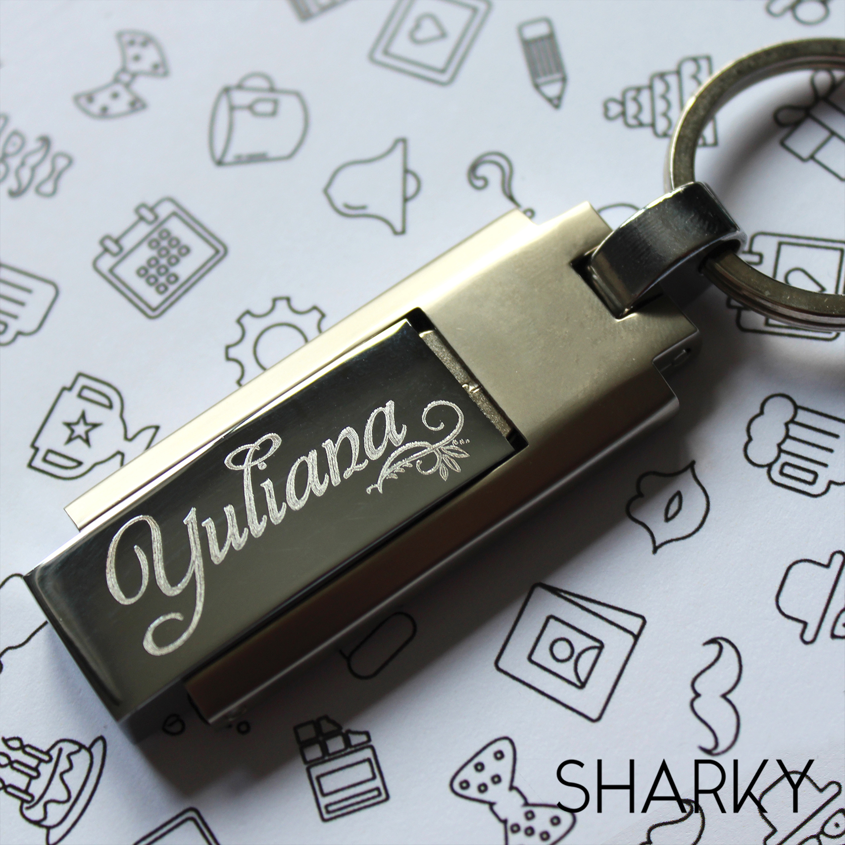 USB Флешка Траснформер с гравировкой на заказ