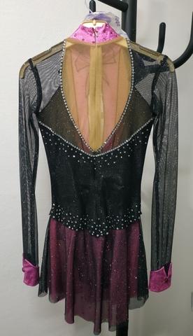Платье для выступлений со стразами Б/У черный/розовый 152