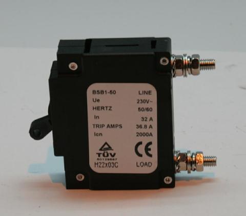 Выключатель автоматический DDE 32A, 1Ф DPG10551E