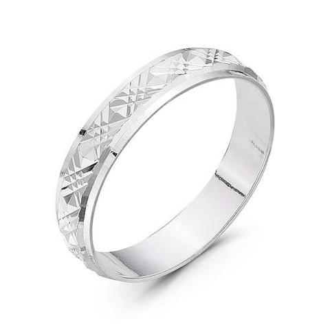 Серебряное кольцо с алмазной гранью