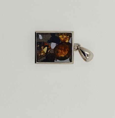 Кулон из метеорита Серичо