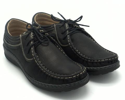 Мокасины черные на шнуровке