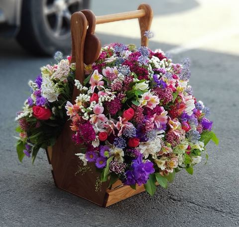 Ящик с цветами VIP