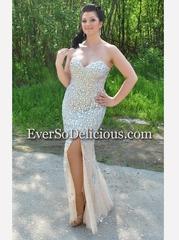 Блистательная Кристина в платье Jovani