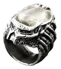 Хищник в маске кольцо металлическое