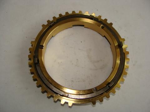 Кольцо синхронизатора задн.хода (Dymos 43360Т02600)