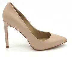 Бело-бежевые туфли на высоком каблуке