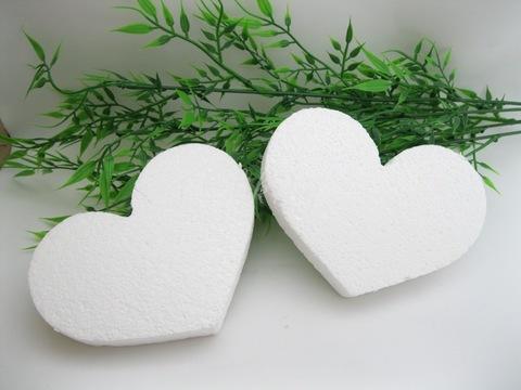 Пенопластовое сердце 90х70х15мм