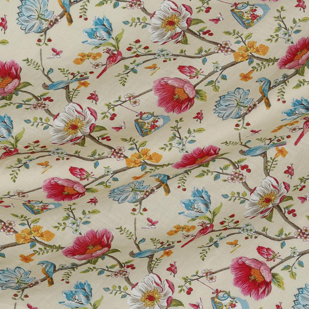 Шелковистый тонкий лён с бабочками и цветами