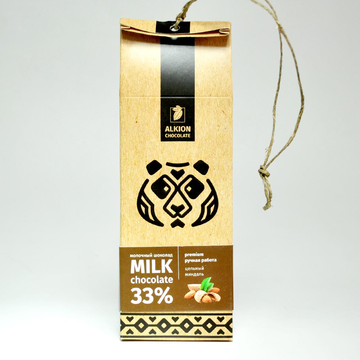 Шоколад Алкион молочный с цельным миндалем