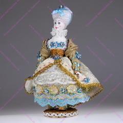 Маркиза - кукла на подставке