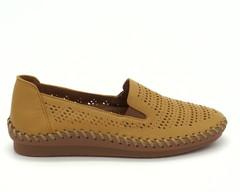 Коричневые кожаные туфли с перфорацией на гибкой подошве