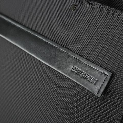 Портфель P-001