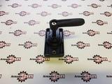Замок ручка фиксатор бокового стекла JCB 331/31071, 123/09046