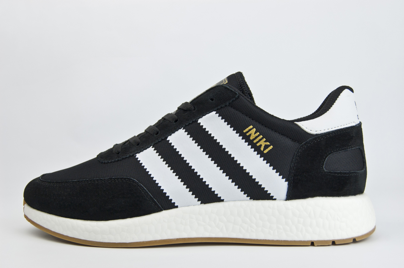 кроссовки Adidas Iniki Runner Black / White