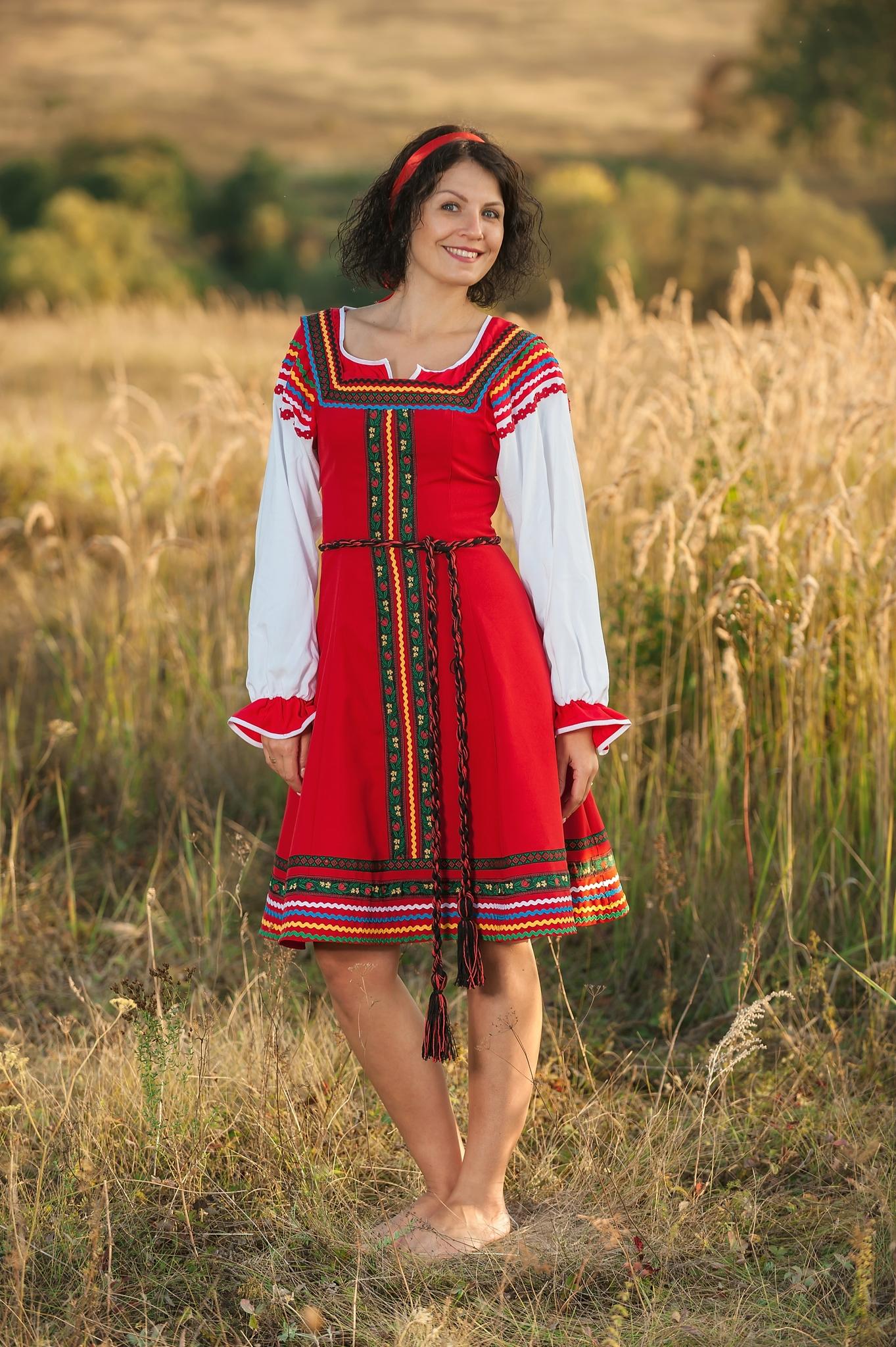 Сценический костюм Малинка русский народный