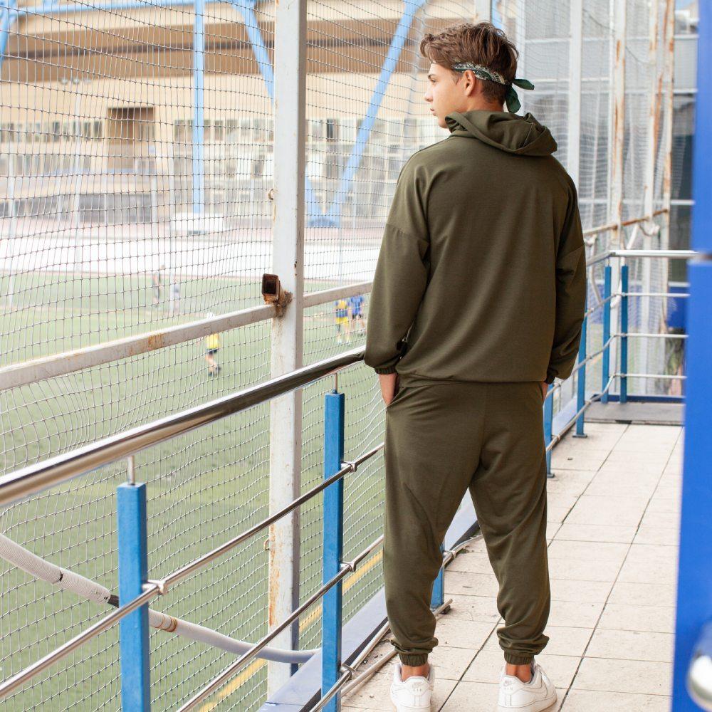 Спортивний костюм oversize кольору хакі на хлопчика