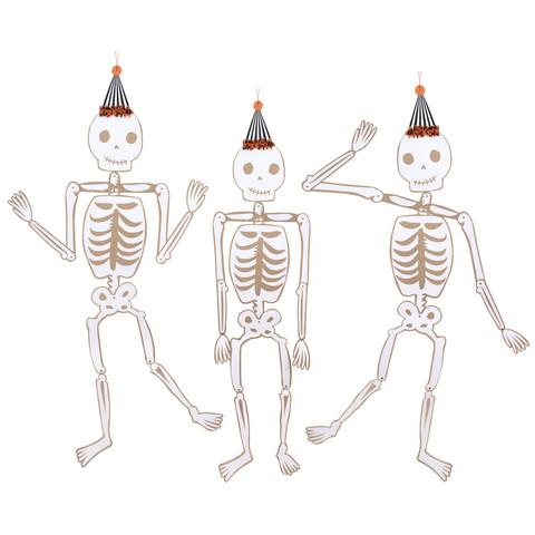 Подвески в виде скелетов