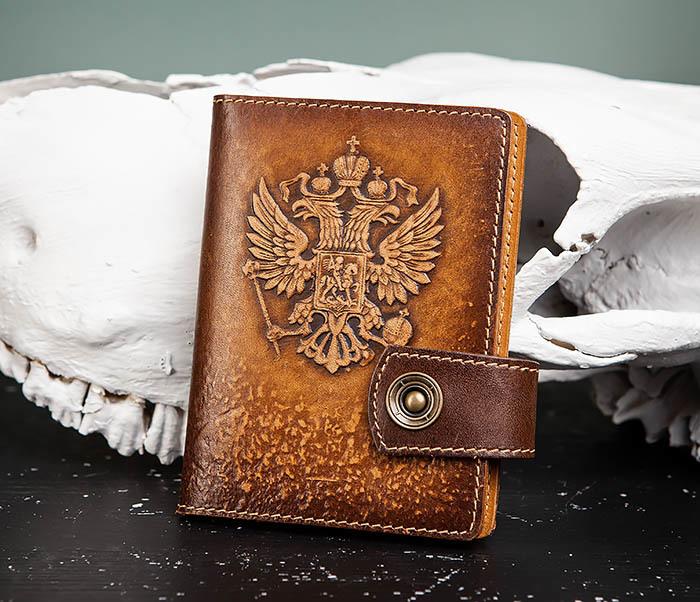BY11-01-04 Кожаная обложка для документов с Гербом России
