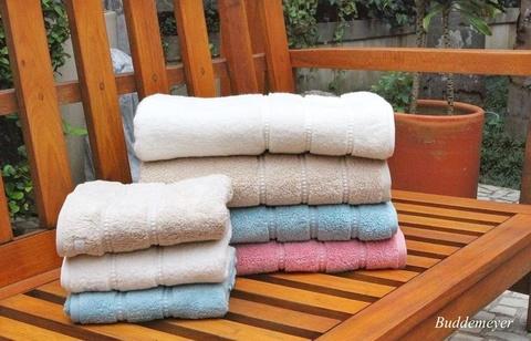 Объемное махровое банное полотенце CARO LUX Buddemeyer 77х150