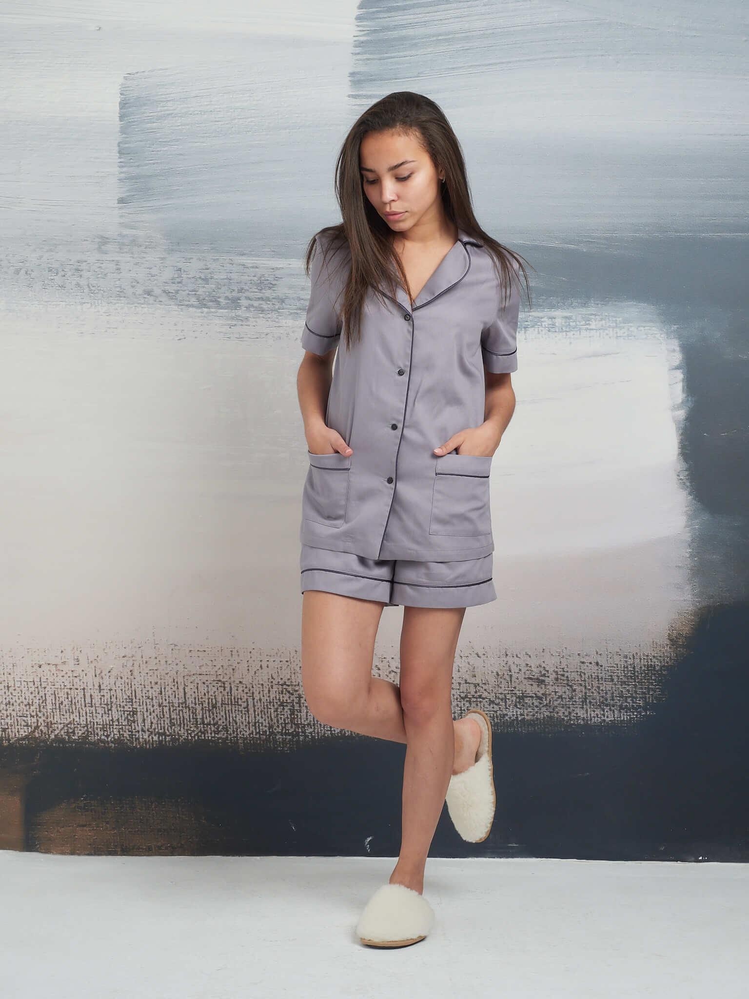 Пижама из хлопка: рубашка с коротким рукавом и шорты