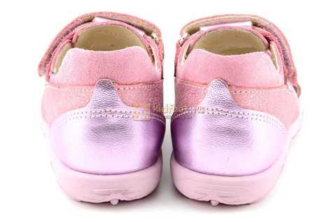 Босоножки Тотто из натуральной кожи с закрытым носом для девочек, цвет розовый металлик. Изображение 7 из 12.