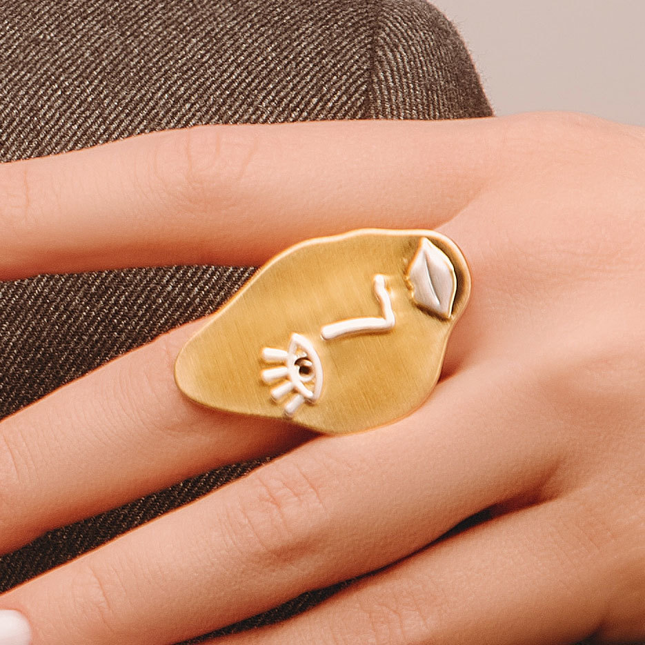 Кольцо Vi лицо пластина золотой