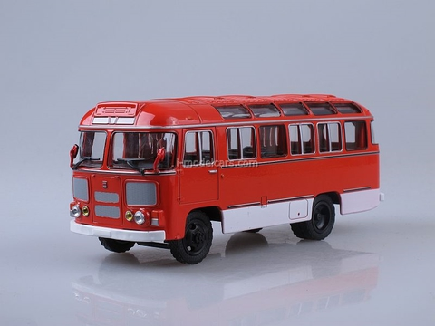 PAZ-672M red Soviet Bus (SOVA) 1:43