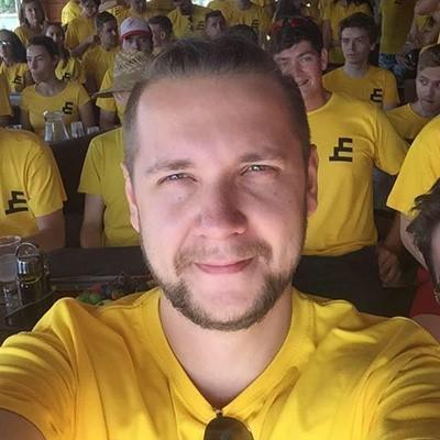 Виктор Крылов