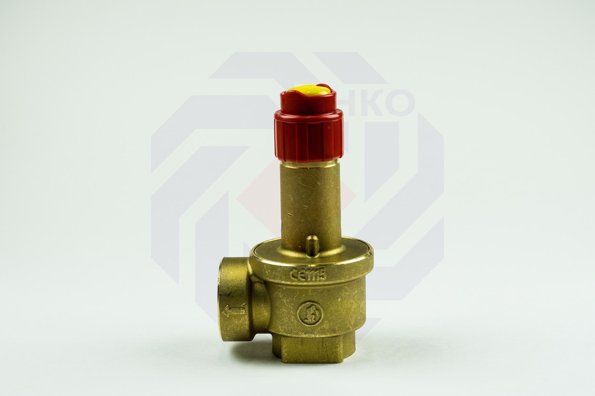 Клапан предохранительный GIACOMINI R140 6 бар 1¼