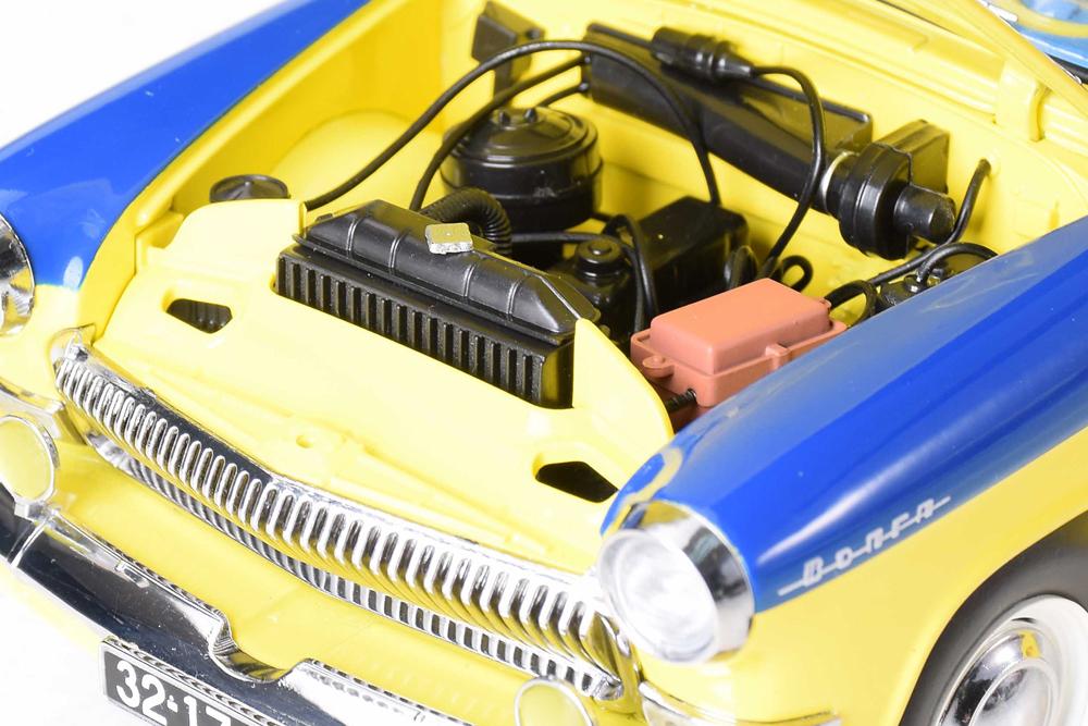 Коллекционная модель GAZ 21P VOLGA POLICE 1969 YELLOW/BLUE | ГАЗ-21Р ВОЛГА ГАИ МИЛИЦИЯ