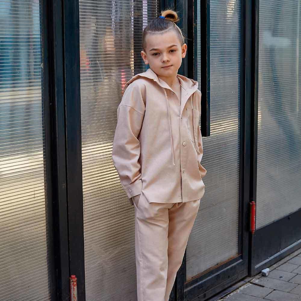 Дитячий костюм з льону для хлопчиків в бежевому кольорі