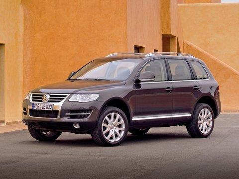Чехлы на Volkswagen Touareg 2003–2010 г.в.
