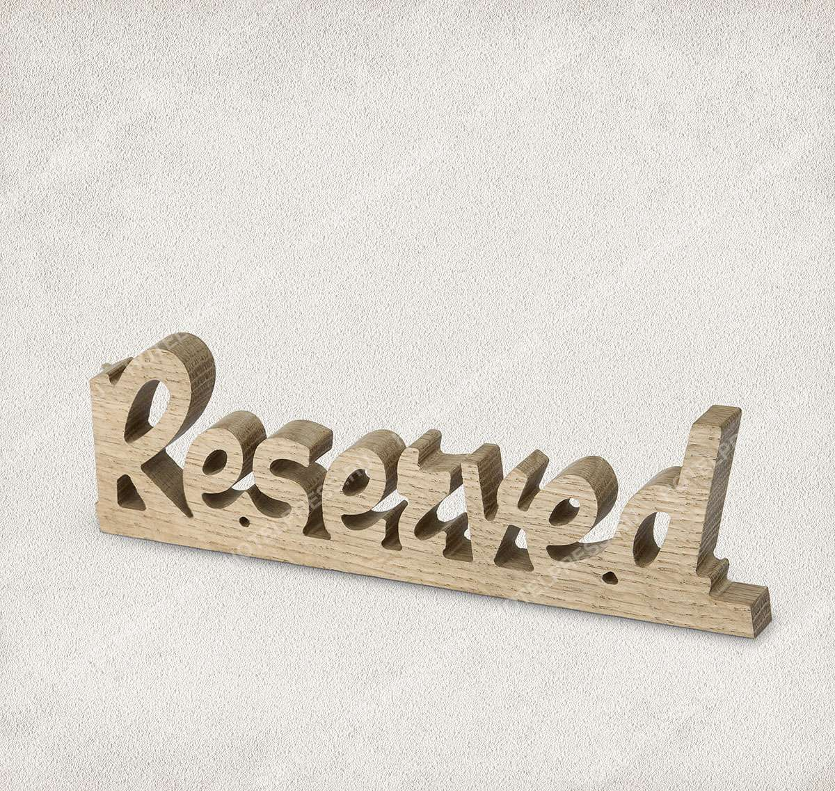 """Оригинальная табличка """"Reserved"""" из массива дуба."""