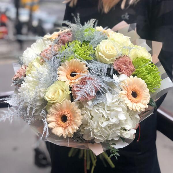 Букет цветов 381