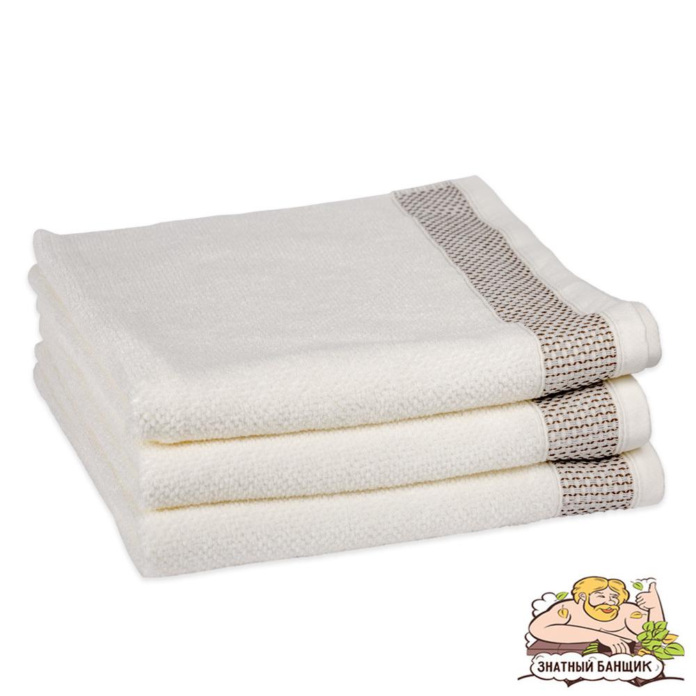 Белое махровое полотенце банное