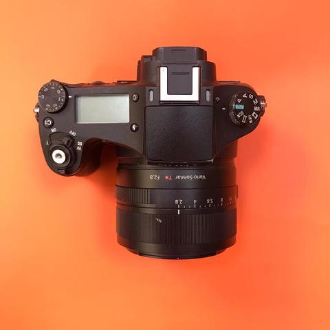 Sony Cyber-shot RX10M2 Комиссия