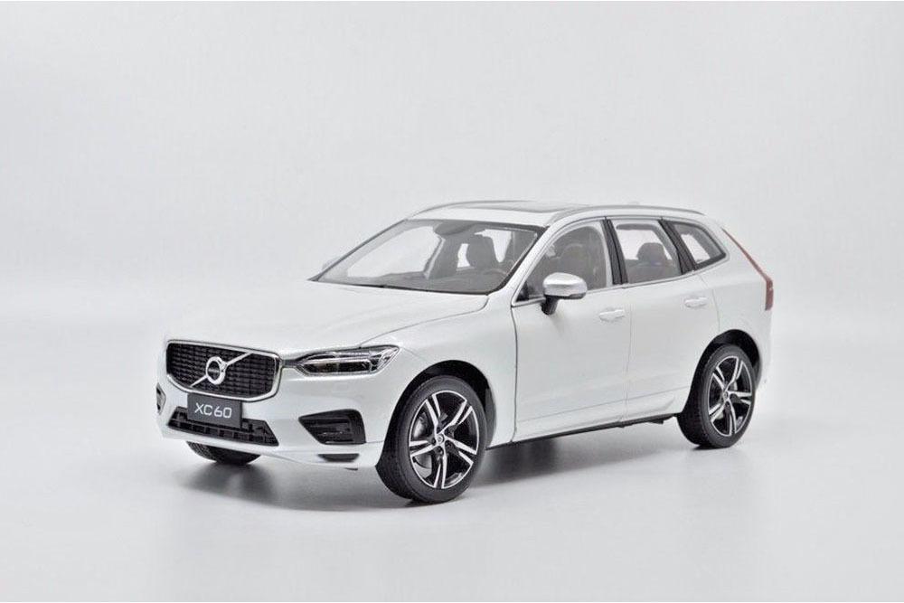 Коллекционная модель VOLVO XC60 2019 WHITE